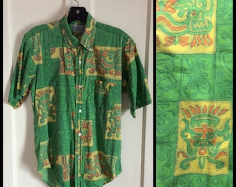 1960s cotton Button Down Collar Aztec Dragon Novelty Shirt size Small Inca Mayan Machu Picchu patterned by Richtrim Tapered Tailoring green
