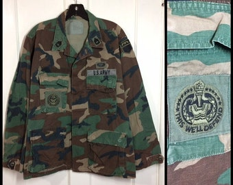 1980s US Military ripstop camo field army utility jacket size medium short cotton with patches camouflage fatigues #133