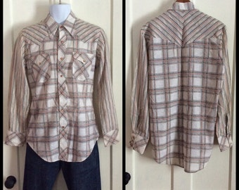 1970's Vintage Plaid Striped Mens Western cowboy Shirt size Medium Gauze Chevron