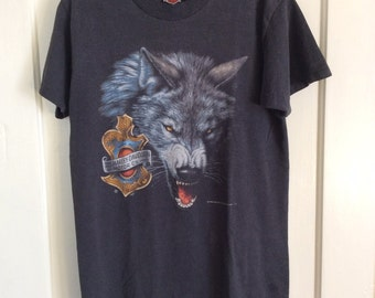 1990s 1992 Harley Davidson Wolf tshirt size Medium 3-D Emblem faded black nicely worn in made in USA single stitch