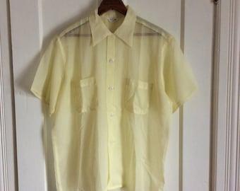 Vintage 1950s Yellow Short Sleeve Summer Sheer Loop Shirt size Mens Medium