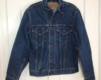 1970's faded indigo blue Levi's 2 pocket denim jean jacket looks size medium cut-off tab single stitch # 1913
