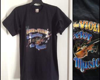 Vintage 1980's Violins Musical Instruments Deadstock Iron On print T-shirt size Small Black Screen Stars NOS Music Notes Fiddler