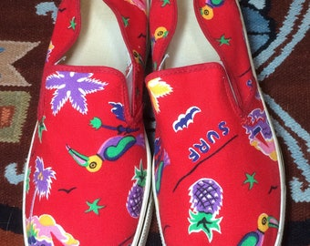1980s Tropical patterned Surf palm tree Island sail boat slip on Canvas Sneakers Kicks Shoes mens size 8.5 Red vans style made in USA