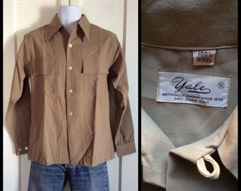 1940's Deadstock Yale Wool Loop Shirt size Small nos Beige Tan with real shell buttons