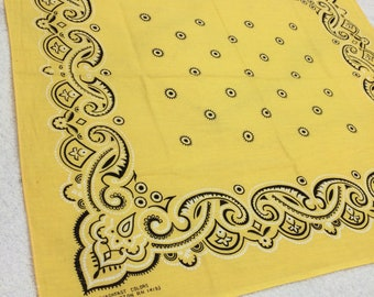 1970s WashFast Color yellow bandana 20x21.75 western cowboy polka dot circles mmms swirls print hemmed cotton made in USA selvedge #128