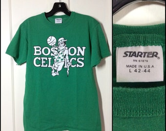 Vintage 1980's Boston Celtics NBA basketball team on all cotton Starter t-shirt size Large 18.5x25 green