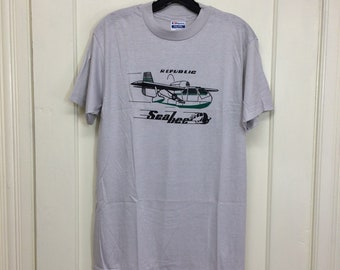 deadstock 1980s Republic Seabee amphibian vintage airplane t-shirt size large 19x27 pilot aircraft light gray Hanes made in USA NOS