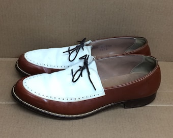 1950s 1958 brown white 2 tone suede leather dress shoes size 10.5 leather soles punk mod rockabilly swing