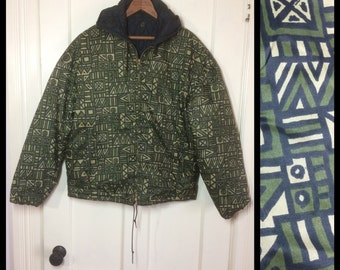 1960's Reversible Olive Green Abstract patterned and Black Quilted Nylon Ski Jacket hoodie looks size Large Art Tokle Skiwear