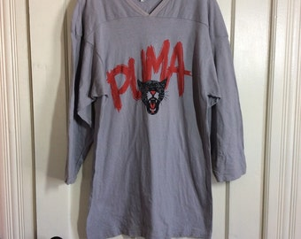 Vintage 1980's Puma brand Logo Sports Sportswear Cat Face Football Jersey T-shirt size XL all cotton Gray