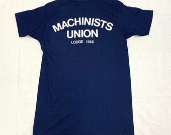 deadstock 1960s 1970s Machinists Union pocket tee t-shirt tag size L looks medium 18x30 Hanes blue cotton single stitch made in USA NOS