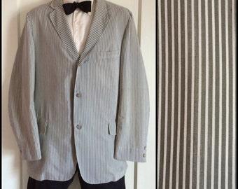 Men's Vintage 1960s Sport Jacket Blazer coat looks size Medium moss green and white stripes Light Weight