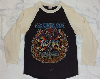 1980 AC/DC Highway to Hell, Back in Black baseball t-shirt size large, looks medium 18x25 off white sleeves 2 tone Hard Rock 1970s band tee