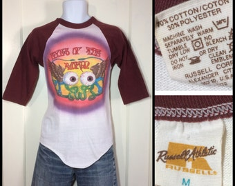 1970s Grateful Dead, Eyes of the World Concert hand painted Airbrush Art Rock Band baseball T-shirt looks size Small 17.5x26 burgundy 2 tone
