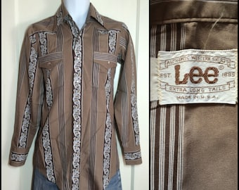 1970's Vintage Brown Paisley Striped Mens Western cowboy snap Shirt by Lee size Small XLong Tails faux silk polyester disco