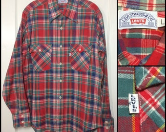1970s Levi's plaid cotton flannel shirt size large white tab made in USA red blue green