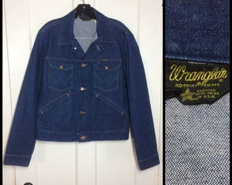 1980's Wrangler 4 pocket blue jean denim jacket size 40 made in USA excellent barely used condition dark wash #1930