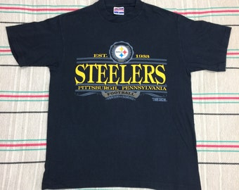 1990s Pittsburgh Steelers Football Team NFL Sports t-shirt size large 20x27 black cotton single stitch made in USA Trench