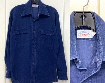 1970s Levis blue corduroy work shirt size medium cut tab
