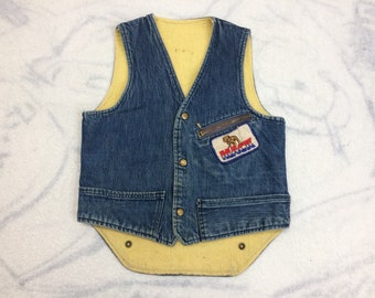 1970s Carters fleece lined jean vest looks size small Mack Truck patch Deerfield Snowmobile Club and more back patches faded denim work vest