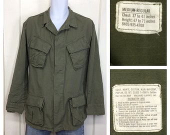1970s 1970 US military Vietnam War era ripstop slant pocket field jacket size medium poplin cotton OG-107 olive green fatigues Macshore #146