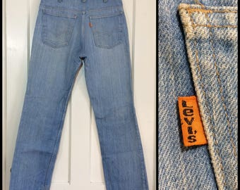 1970s Levi's 519 light wash faded orange tab straight leg blue jeans measures 31x31 Talon zipper made in USA Boyfriend jeans #329