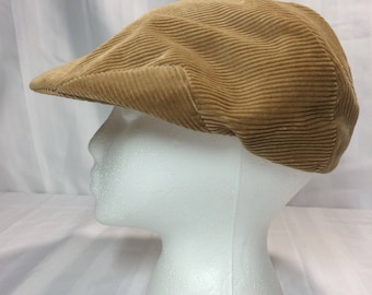 1970's satin lined  soft corduroy driving cap hat by Dobb's Fifth Avenue New York size 7 1/4 tan beige wide wale barely used