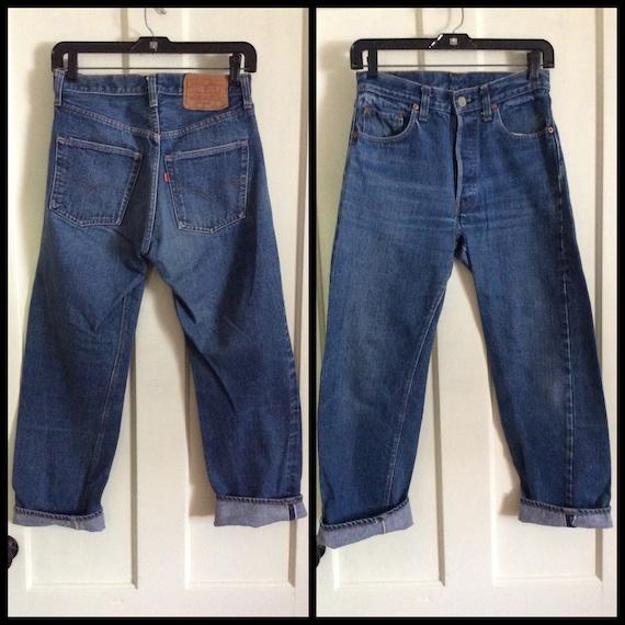 1970s Levis 501 indigo blue jeans tag size 29x29 measures 27x26 redline selvedge denim single stitch number 6 button black bar stitch #1228