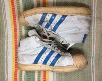 1980's Adidas ProModel Shell top Sneakers Kicks size 7 white blue 3 stripes trefoil logo very used leather hi tops broken in distressed