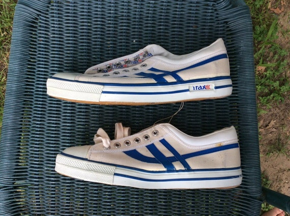 Deadstock Vintage 1970s Trax Striped Canvas Sneakers Kicks Chaussures taille 10.5 White Blue NOS