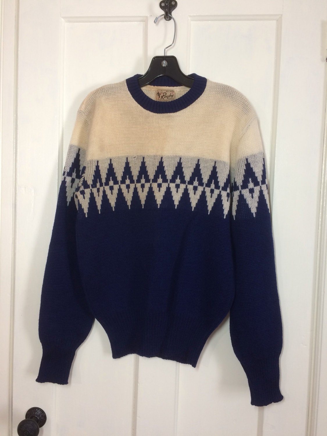 1940 S Rugby Knitting Mills All Wool Pullover Sweater Size Large Royal Blue Cream Off White Diamond Patterned Ski Sportswear