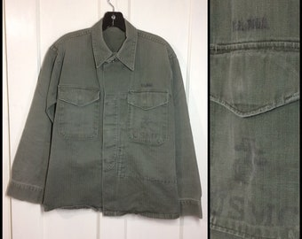 1950s US Military USMC stamped Marines field utility shirt looks size medium faded olive green HBT cotton herringbone twill uniform #137