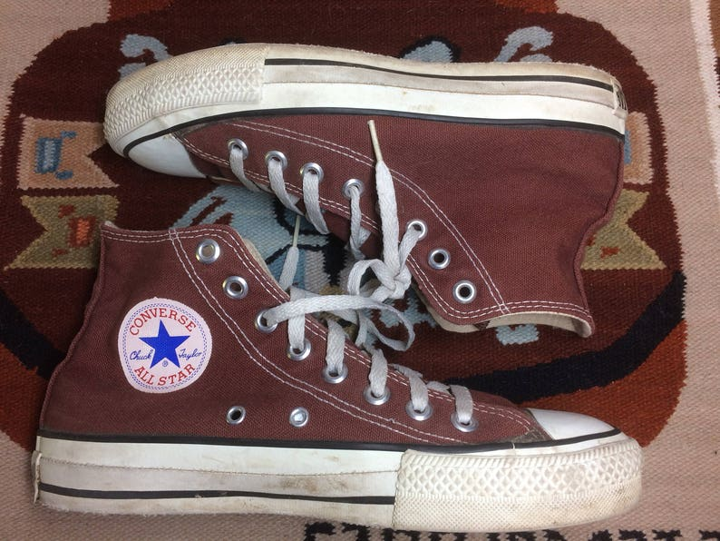 1990 s Brown Converse Allstars size 6.5 made in USA Chuck Taylors chocolate  Chucks hi tops canvas sneakers kicks basketball shoes punk skate d6967d498