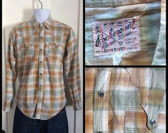 1950s Vintage Rockmount Shadow Plaid Mens Shirt looks size Medium Textured cotton Dan Rivers sage green rust brown white