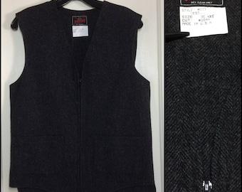 Vintage 1980's Mens Johnson Woolen Mills Wool Work Vest size 36, XXS zip up dark gray tweed