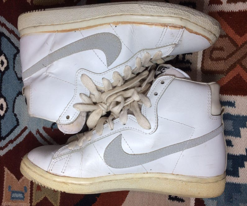 1983 Nike Penetrator leather Hi Top Sneakers size 7.5 White  b71b7bc59