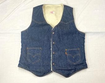 1970s Levis orange tab fleece lined denim winter vest size L western style cowboy trucker sherpa boho hippie made in USA