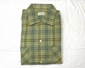 Deadstock 1960s plaid loop collar shirt size L Pennleigh Wash n Wear