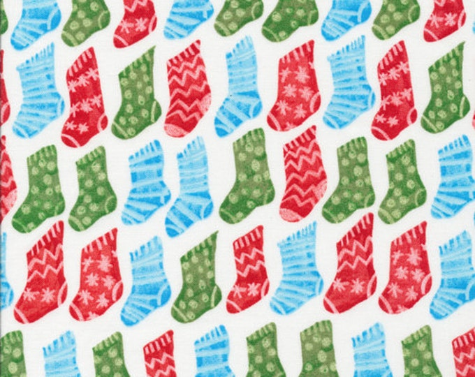 Fat Quarter Organic Christmas Fabric - Cloud9 Festive - Christmas Stockings