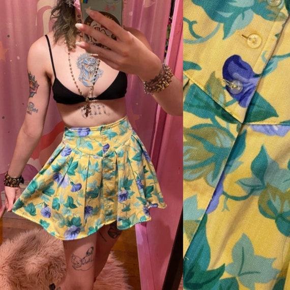 80s vintage denim PLEATED mini skirt Yellow jean f