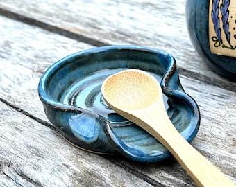Teaspoon Rest in Sapphire Blue