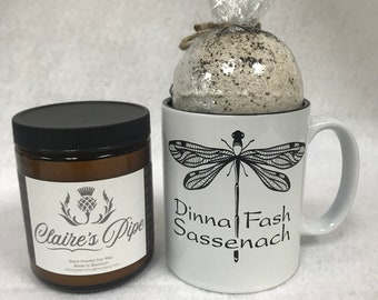 Outlander Gift Set, Outlander Inspired, All natural soy candles, Stemless wine Tumbler and Bath Bomb