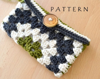 Crochet Bag Pattern - Granny Square Wristlet Clutch Wallet Pattern - Crochet PDF Pattern - DIY - Beginner Crochet