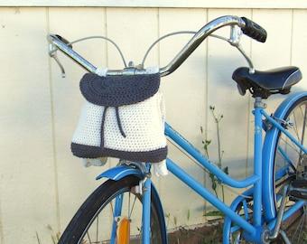 Crochet Backpack Bag Pattern - Bike Bag Pattern - Mini Drawstring Backpack Pattern - 90s Style - by the Good Shnit