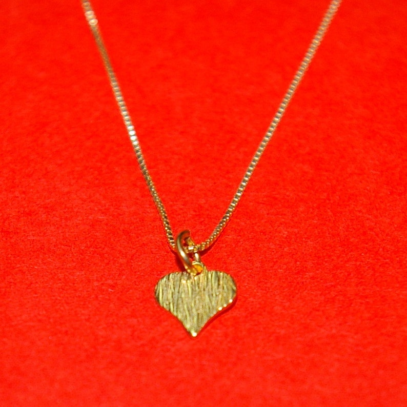 12 pieces 14kt GOLD FILLED Box 012 Chain with very Small HEART Charm Pendant Necklaces Lot Free Shipping Worldwide.