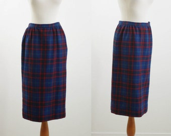 Vintage Wool Skirt, Pendleton Plaid Skirt, Navy Blue Pencil Skirt, Plaid Skirt, 70s Skirt, Pendleton Wollen Mills - Waist 28  Medium