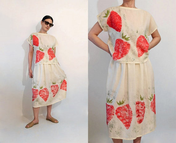 Strawberry Cotton Gauze 2pc Skirt Set / Vintage 19