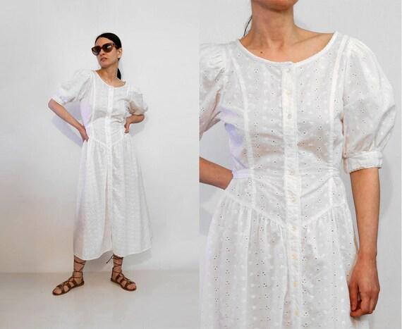 70s Eyelet Cotton Puffed Sleeve Dress / Vintage 19