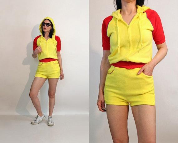 70s Color Block Shorts Set / Vintage 1970s Canary… - image 1